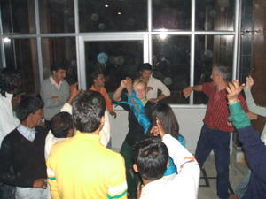 India Travel Blog, Dancing a the Party