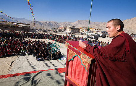 Climate protest against india air pollution in ladak