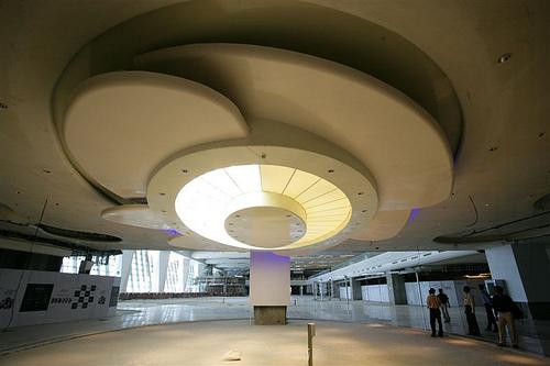 Delhi terminal 3 retail area