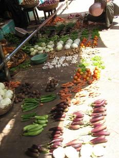 Mysore Food market, Fruit and veg on floor