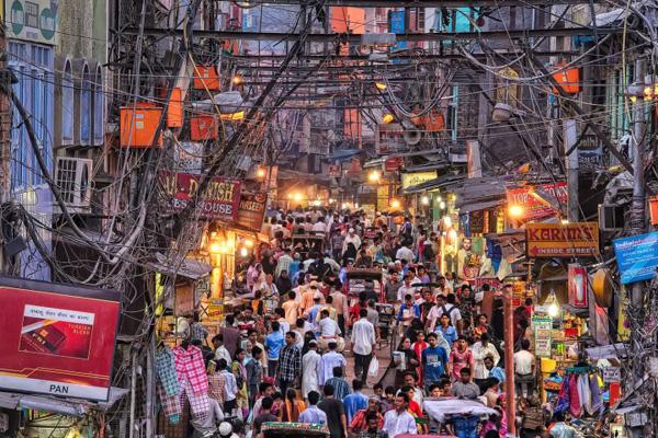 Delhi Street, busy