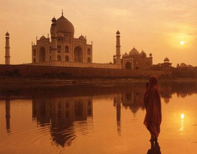 The Taja mahal sunset, behind the Taj Mahal