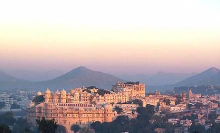 Udaipur city palace, Udaipur, palace, lake pichola