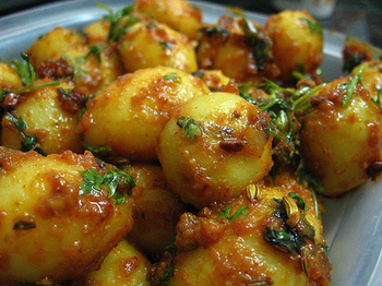 Dum aloo recipe kashmiri dum alu for All about indian cuisine