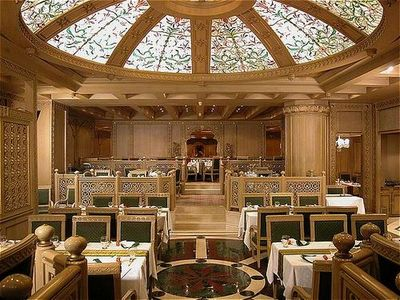 Best Hotels in Chennai, Corandal dining room
