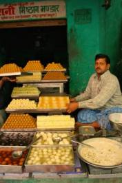 India vendoe, food, market, sweet seller, India
