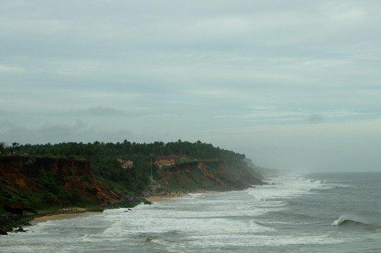 Varkala beach, rough sea
