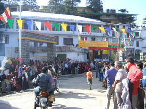 India Travel Blog, Waiting for the Dalai Lama