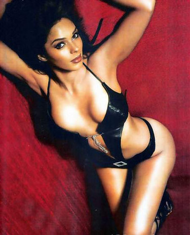 Bollywood hot actress, Mallika Sherawat
