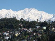 Darjeeling honeymoon mountains