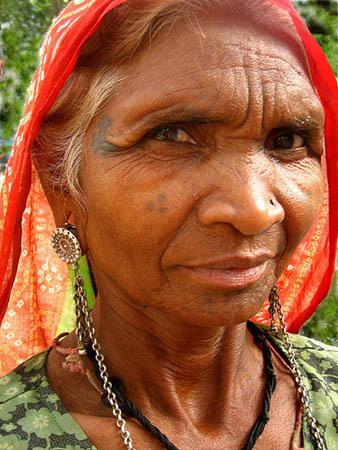 face tattoo, Indian woman, Indian body art
