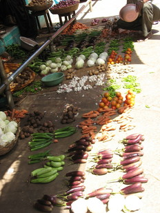 Mysore Food market, Fruit and veg on floor