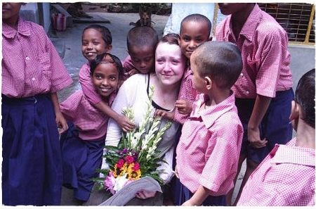 Volunteer in India children